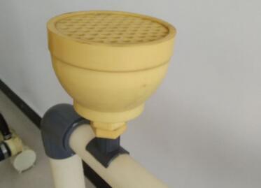 粗孔曝气器